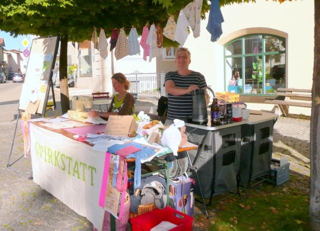 Freibeutler-Stand auf dem Holzkirchener Wochenmarkt